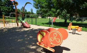 Jeux au Parc de la JOnchère